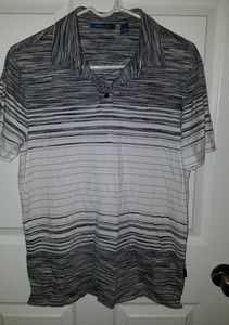 "SALE 7 FOR $20""Perry Ellis Shirt size Medium"